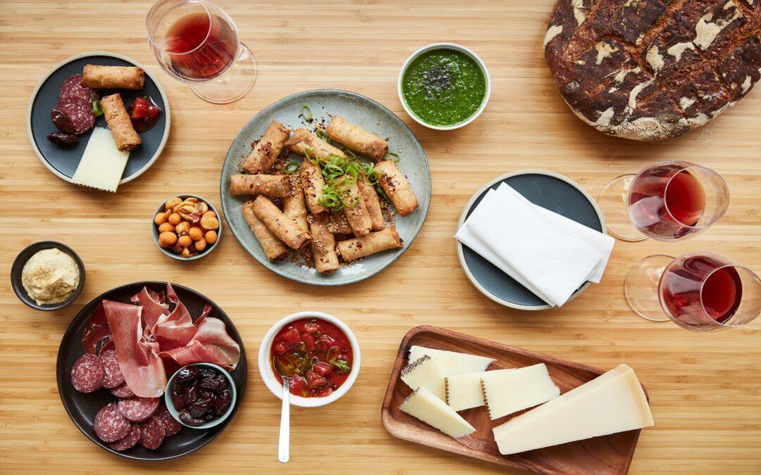 """Hygge og snacks """"Tapas-tema"""" med Miniruller med oksekød"""