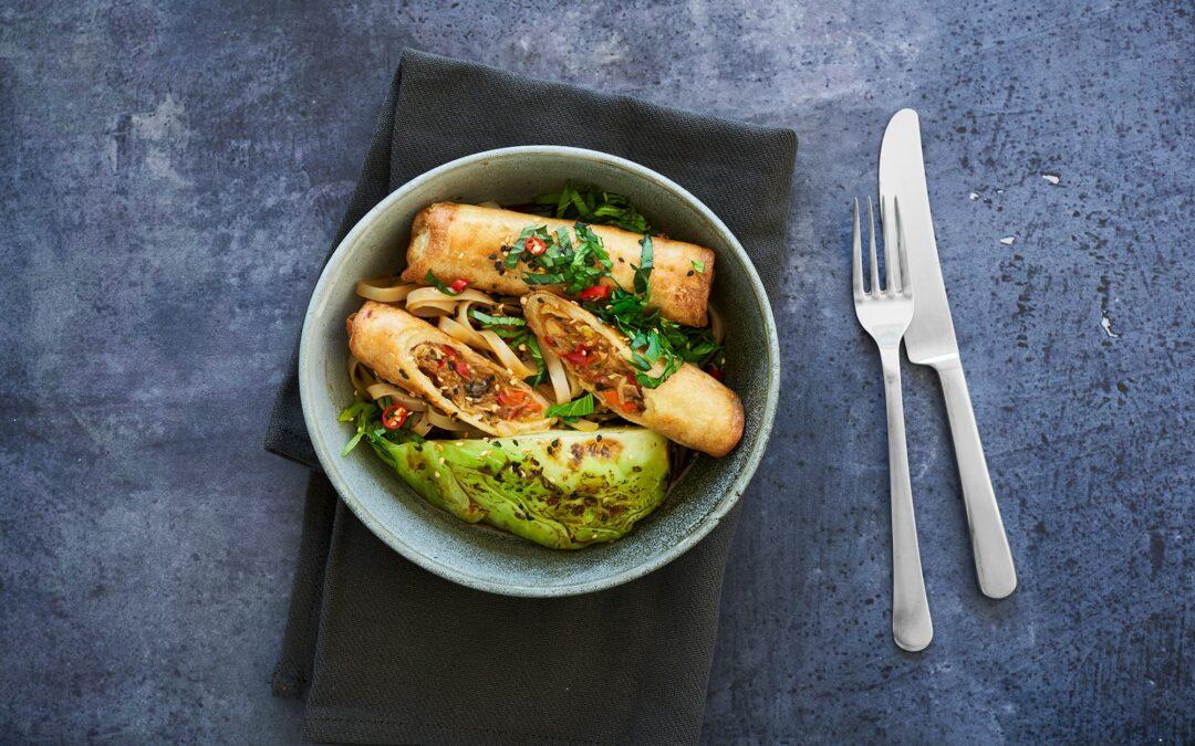 Spring Rolls Vietnamese Style Vegetables med spidskåls chunks og glasnudler
